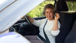 How to buy a car after retirement- Best tips in 2021